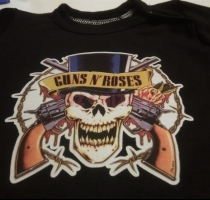pilucho negro personalizado, guns and roses